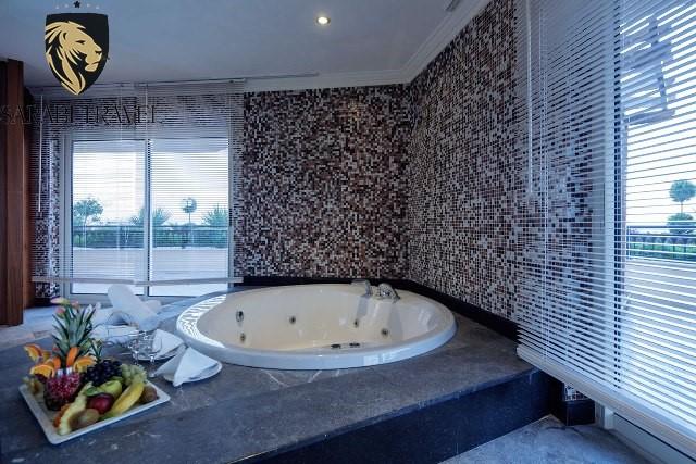 Crystal Sunset Luxury Resort Spa Sarabi Travel
